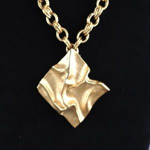 Vintage P&M Paris goldtone crinkle square necklace